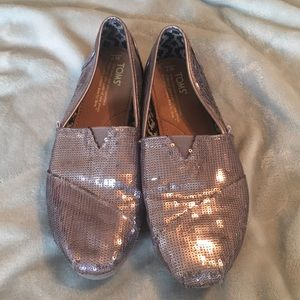 Toms Metallic sequined classics with bag